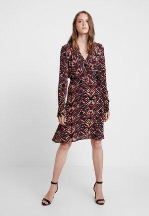 Vestido informal - tandori spice