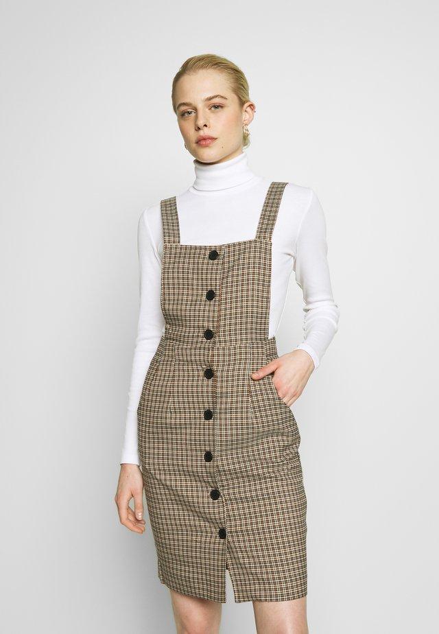 NMJOSE DRESS - Vestido informal - brown sugar