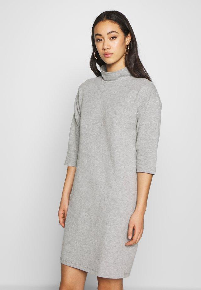 NMDEY 3/4 SLEEVE - Denní šaty - light grey melange