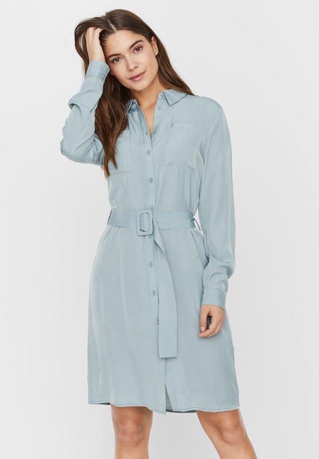 Vestido camisero - jadeite