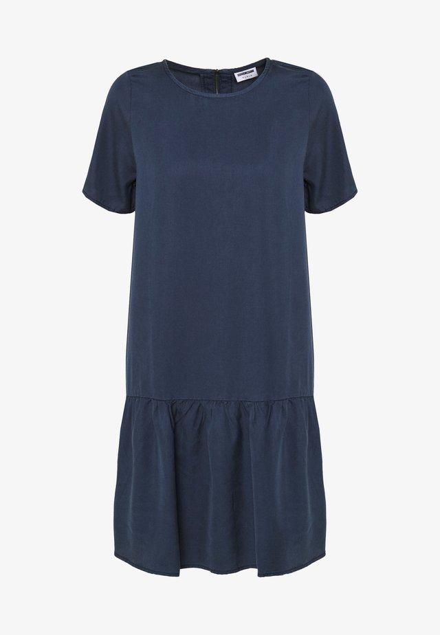 NMEMILIA SENDI PEPLUM DRESS - Sukienka letnia - mood indigo