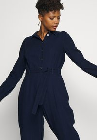 Noisy May - NMJENNY BELTED - Combinaison - dark blue denim - 4