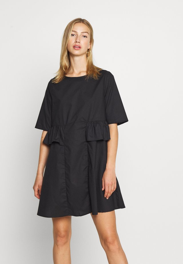 NMPINAR FRILL DRESS - Vestito estivo - black