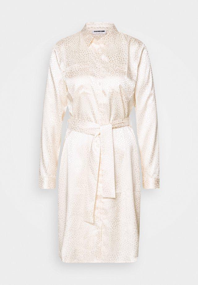 NMSEREN DRESS - Blousejurk - beige