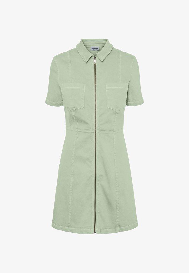 Sukienka koszulowa - fog green