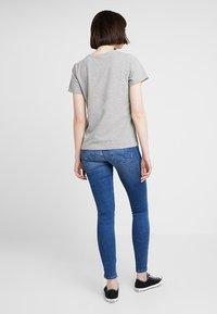 Noisy May - NMNATE GOOD TIMES - Print T-shirt - light grey melange - 2