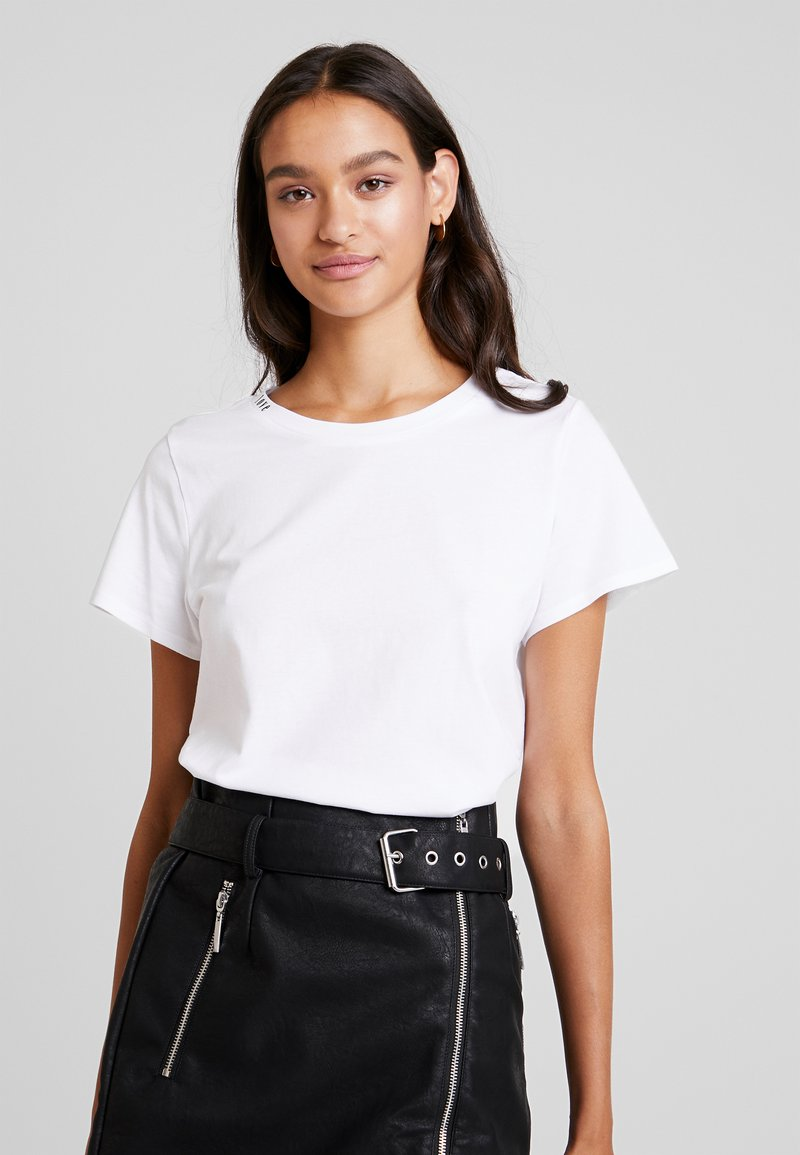 Noisy May - NMNATE UNIS - Basic T-shirt - bright white/black