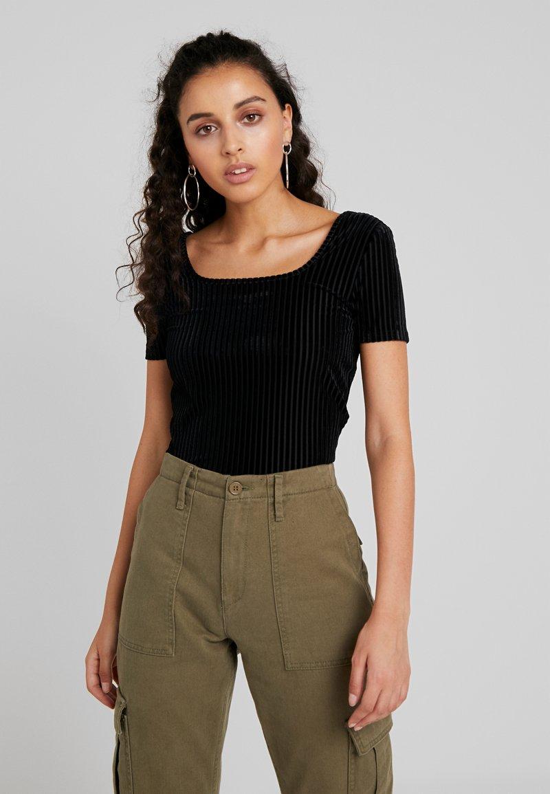 Noisy May - NMNONA BODY - T-Shirt print - black