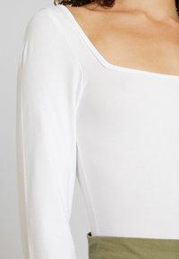 Noisy May - Topper langermet - bright white - 4