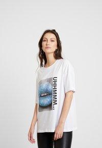 Noisy May - T-shirts med print - bright white - 0