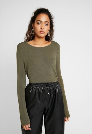 NMMIKA LOOSE - T-shirt à manches longues - olive night