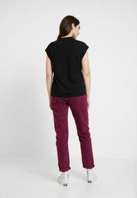 Noisy May - NMDENNY HIGH NECK - Camiseta básica - black - 2