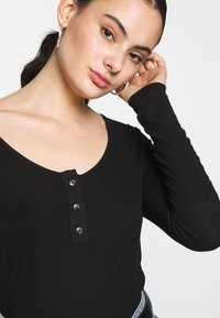 Noisy May - NMHENLEY - Long sleeved top - black - 4