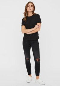 Noisy May - T-Shirt basic - black - 1