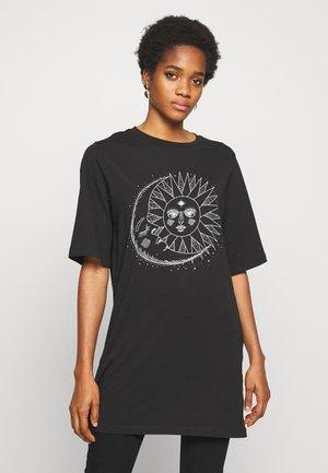 NMZODIAC SLEEVE - Print T-shirt - black