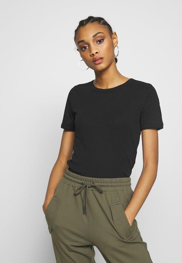 NMDIVA - Basic T-shirt - black