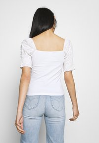 Noisy May - NMBONNY PUFF  - T-shirt con stampa - bright white - 2