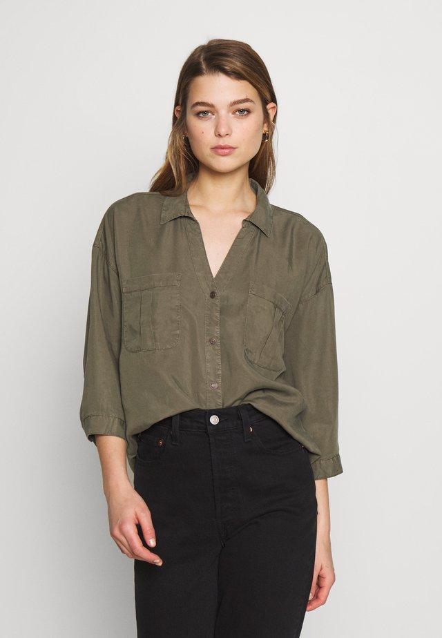 NMCANA  - Button-down blouse - kalamata