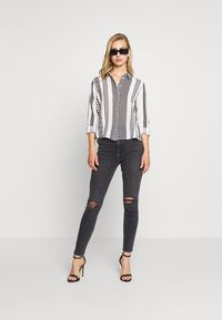 Noisy May - NMAZRA - Button-down blouse - black/white - 1