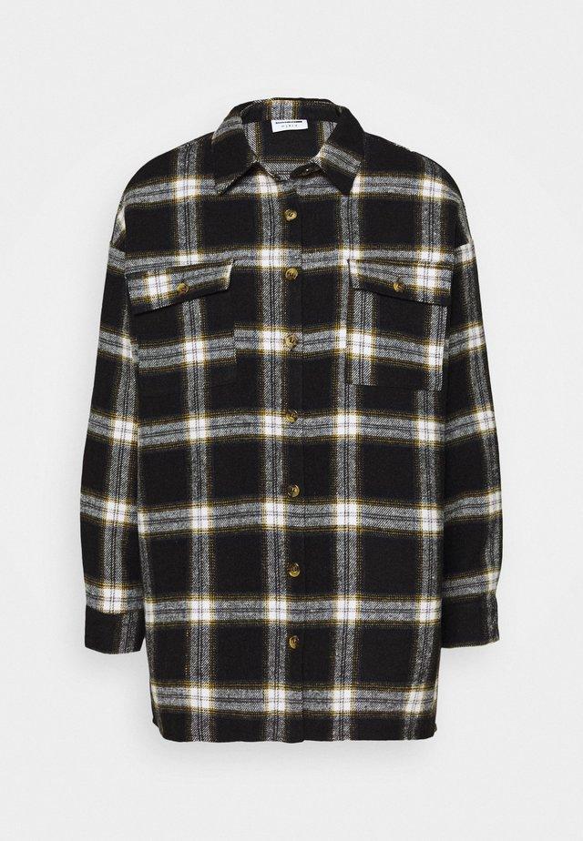 NMFLANNY LONG SHACKET - Button-down blouse - black/yellow