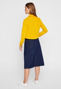 Noisy May - Chaqueta fina - golden rod - 2