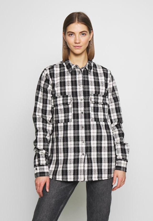 NMMARK CHECK SHACKET - Leichte Jacke - black/white