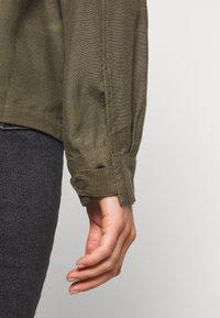 Noisy May - NMCASUAL - Lett jakke - dusty olive - 5