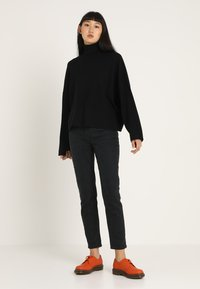 Noisy May - NMSHIP ROLL NECK - Sweter - black - 1