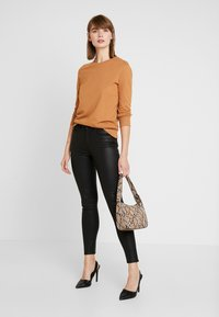 Noisy May - Sweatshirt - brown sugar - 1
