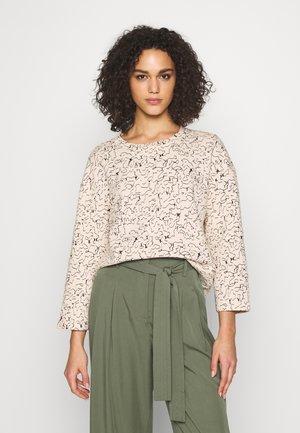 NMLOLA - Sweater - ecru