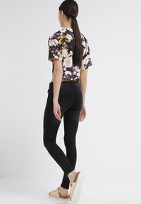 Noisy May - EVE - Jeansy Slim Fit - black - 2