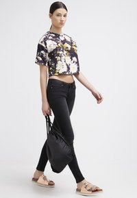 Noisy May - EVE - Jeansy Slim Fit - black - 1