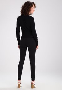 Noisy May - NMELLA SUPER  - Jeans Skinny Fit - black - 2