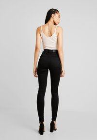 Noisy May - Skinny-Farkut - black denim - 3