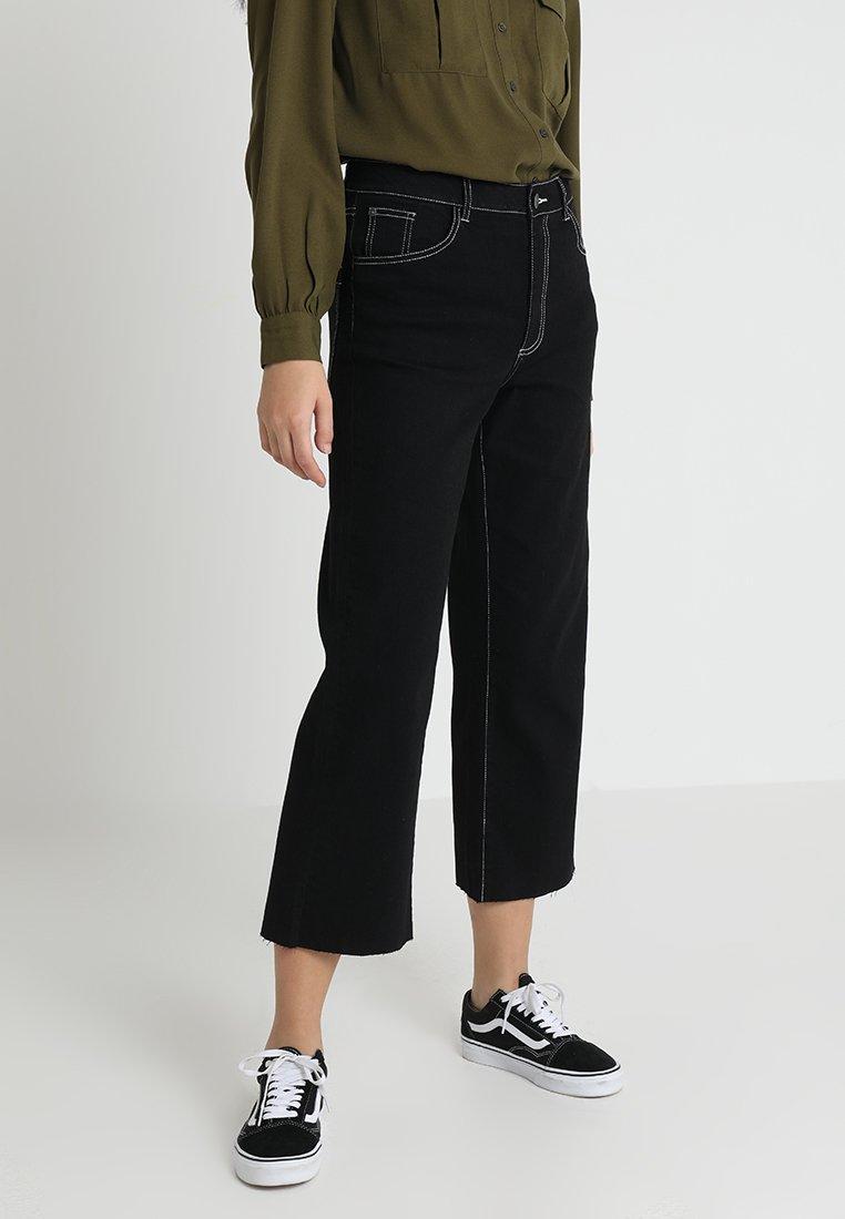 Noisy May - NMMARTIE CROP WIDE LEG - Jeans a zampa - black