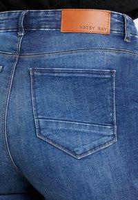 Noisy May - NMLOLLY ANKLE ZIP - Jeans Skinny Fit - medium blue denim - 3