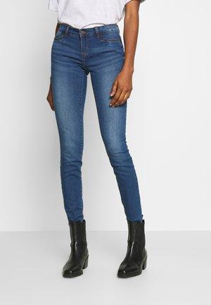 NMEVE  - Skinny džíny - medium blue denim