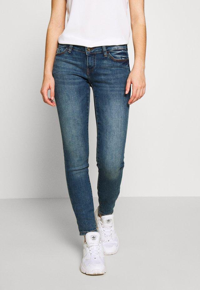 NMEVE  - Jeans Skinny Fit - medium blue denim