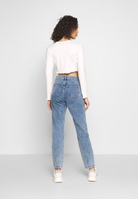 Noisy May - NMISABEL ANKLE MOM - Relaxed fit jeans - medium blue denim - 2