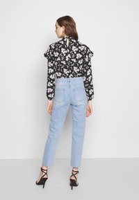 Noisy May - NMJENNA - Jeansy Relaxed Fit - light blue denim - 2