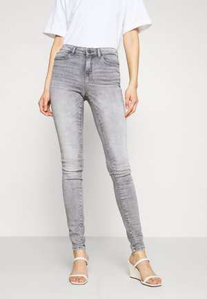NMLUCY  - Skinny-Farkut - light grey denim