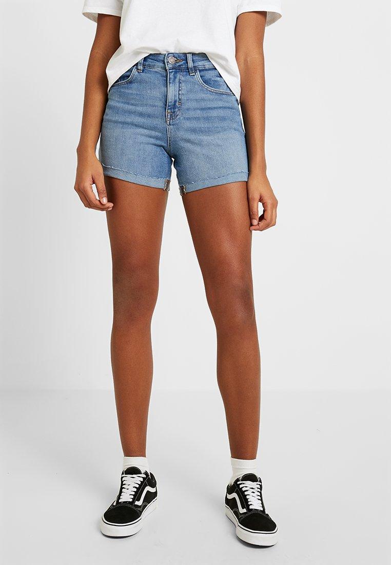 Noisy May - NMBE LEXI - Jeans Shorts - light blue denim