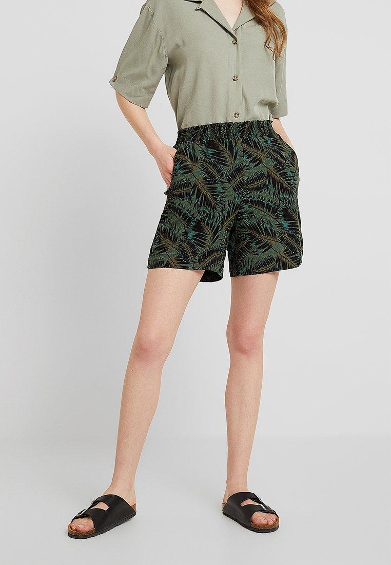Noisy May - NMTAIA - Shorts - kalamata