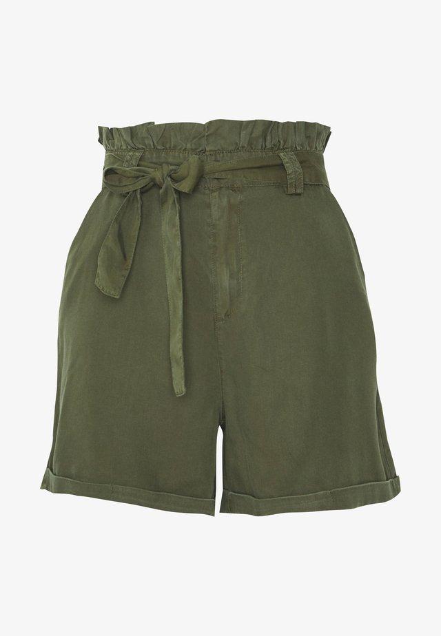 NMENDI BELTED - Shorts - olive night