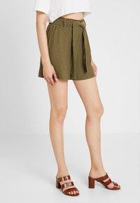 Noisy May - Shorts - kalamata - 0