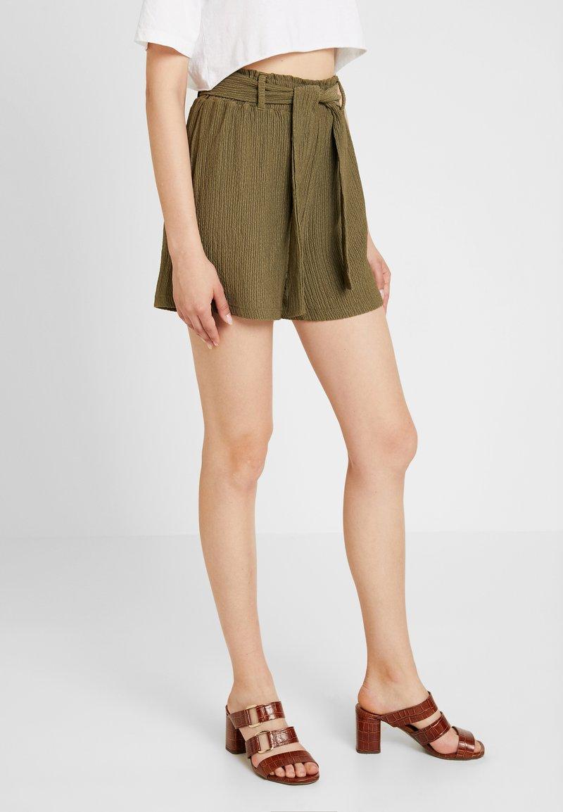 Noisy May - NMPERA PAPERBACK - Shorts - kalamata