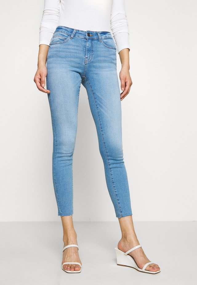 NMLUCY ANKLE - Jeans Skinny Fit - light blue denim