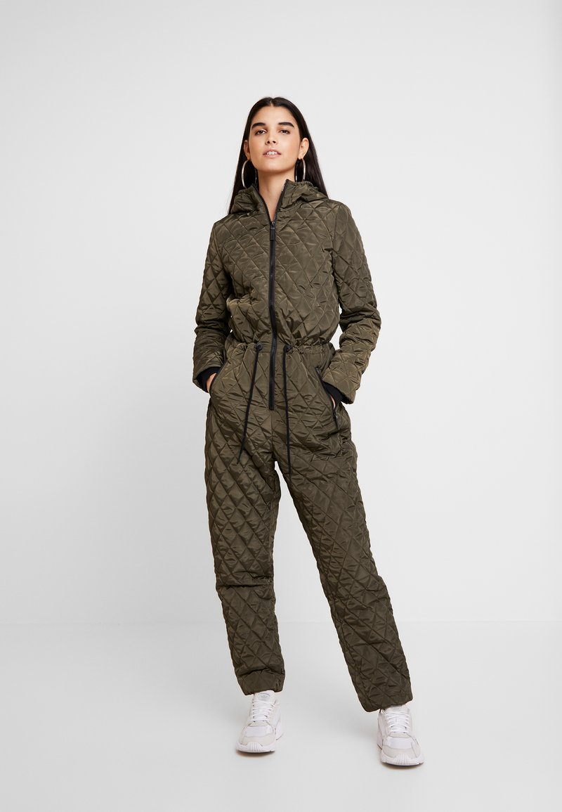 Noisy May - NMNEWJESSA SNOWSUIT - Overall / Jumpsuit /Buksedragter - winter moss