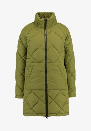 Zimní kabát - winter moss