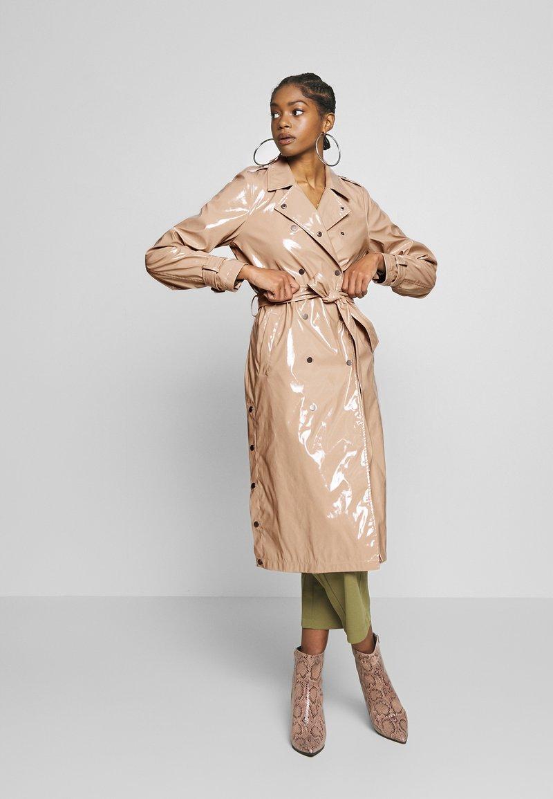 Noisy May - JENNA  - Trenchcoat - beige